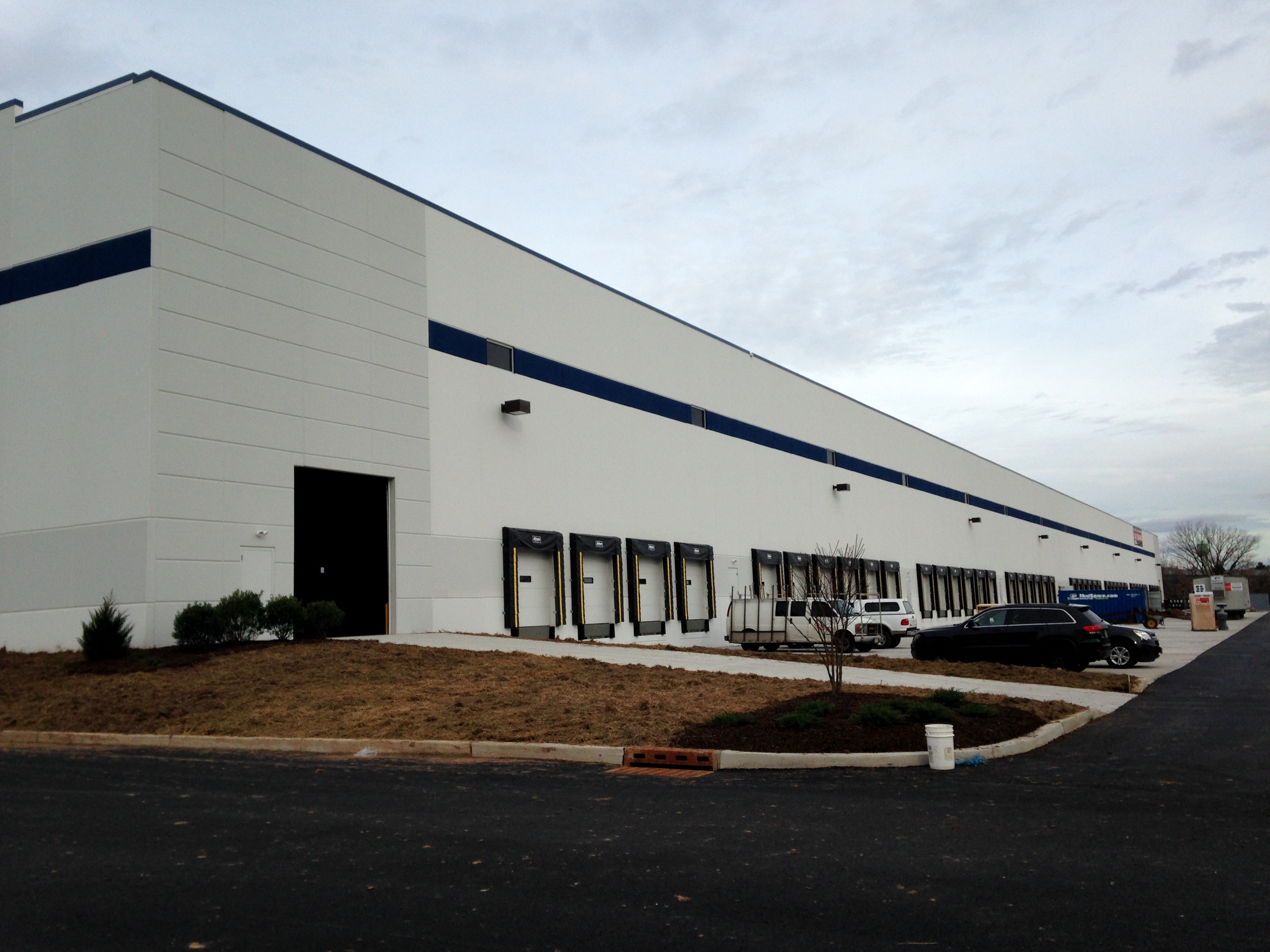 263,000 SF Warehouse Facility, Union County, NJ